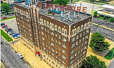 Building, 222 E Elm St, 1