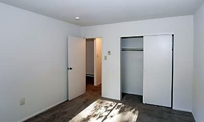 Bedroom, 515 Woodland Ave, 0