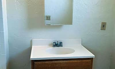 Bathroom, 1039 N 6th Ave, 2
