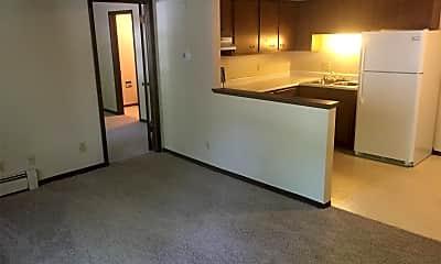 Living Room, 2262 Eastman Ave, 2