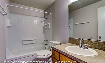 Bathroom, 2615-2631 SE 111th Ave, 1
