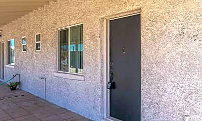 Building, 204 W Sahuaro St 1, 2