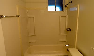 Bathroom, 608 Forest Hill Dr 6-08, 2