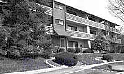 Town's Edge Apartments, 0