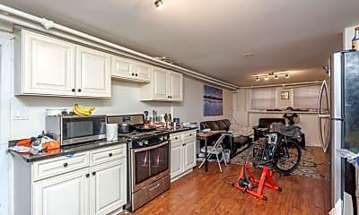Kitchen, 1243 N Damen Ave., 2