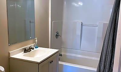 Bathroom, 949 Chadwick Dr, 2