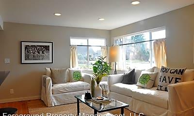 Living Room, 4814 NE 74th St, 0