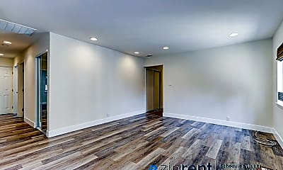 Living Room, 3125 Maddux Dr, 1