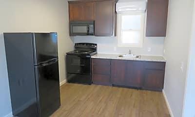 Kitchen, 601 N Tehama St, 1