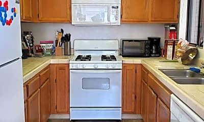 Kitchen, 45 Stenner St, 1