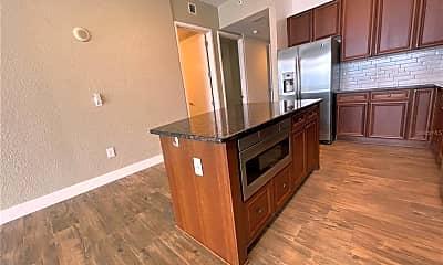 Kitchen, 150 E Robinson St 19B-3, 2