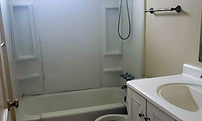 Bathroom, 300 Linda Ave, 2