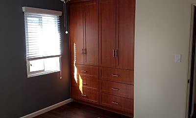 Bedroom, 4971 W Point Loma Blvd, 1