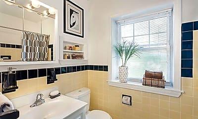 Bathroom, 44 Sherman Rd, 2