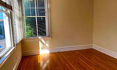 Living Room, 2291 Green St, 1