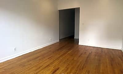 Living Room, 4305 Broadway, 1