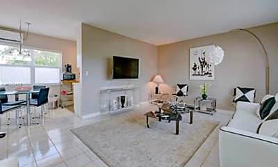 Living Room, 2855 NE 30th St, 0