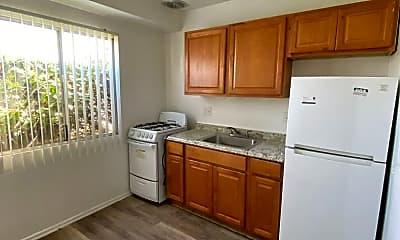 Kitchen, 1341 W Carson St, 1