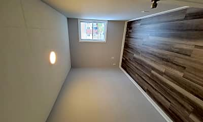Living Room, 2068 Larkhall Rd, 2