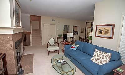 Living Room, 141 Edgewood Ct, 1