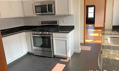 Kitchen, 29 Emerald St, 1