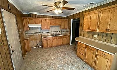 Kitchen, 7713 Gideon St, 1