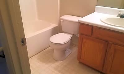 Bathroom, 4870 Lake Park Ln, 2