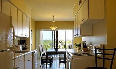Kitchen, 740 River Drive, 0