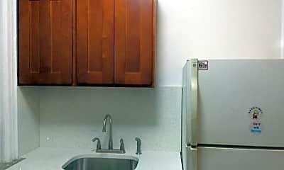 Kitchen, 43-16 58th St 3R, 2