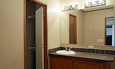 Bathroom, Stonebridge, 2