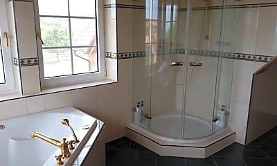 Bathroom, 2279 Stevens Ct, 2