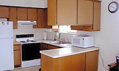 Rivercrest of Clinton Township Apartments, 2