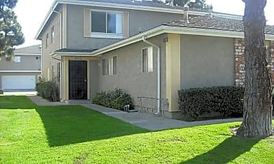 Building, 2586 Sextant Ave, 1