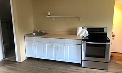 Kitchen, 10 Cindy Dr, 1