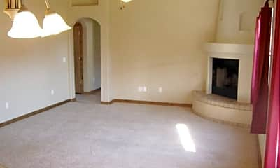 Living Room, 5071 Cll Verde, 2