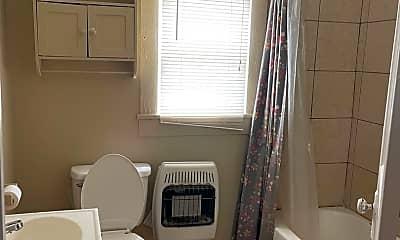 Bedroom, 617 N Pruett St, 2