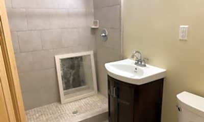 Bathroom, 3910 Coco Ave, 2