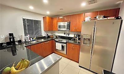 Kitchen, 3204 Bird Ave 119, 1