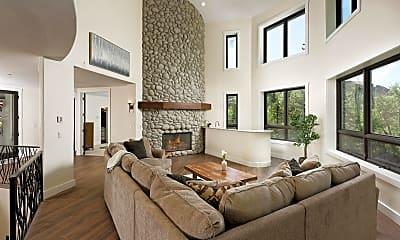 Living Room, 50 N River Rd, 0
