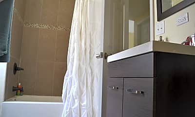 Bathroom, 1629 S Throop St CHF, 2