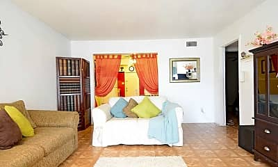 Living Room, Woodlawn Apartments, 0