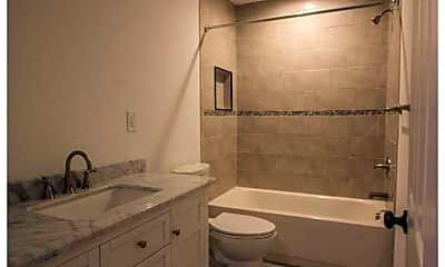 Bathroom, 4814 Killam Ave, 2