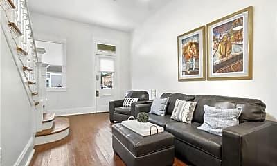 Living Room, 135 N Clark St, 1