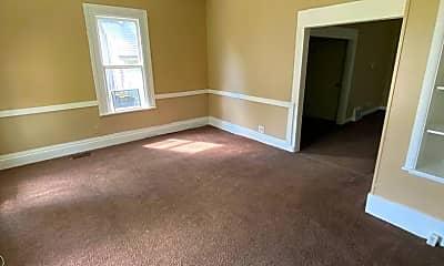 Living Room, 1432 Huestis Ave, 1