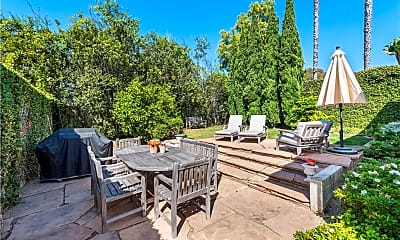 Patio / Deck, 520 Graceland Dr, 1