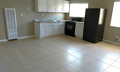 Kitchen, 6125 Stockton Blvd, 0