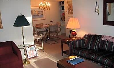 Bedroom, 5600 Hornaday Rd, 2