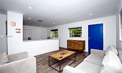 Living Room, 26 NE 42nd St 26, 1