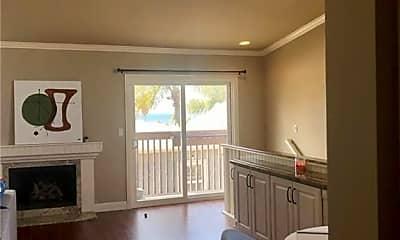 Living Room, 2141 Loma Dr, 0