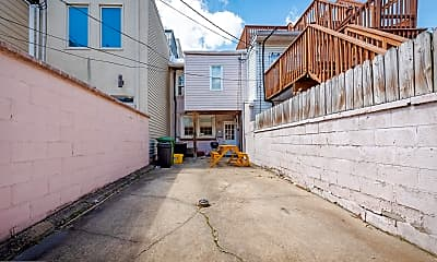 715 S East Ave, 2